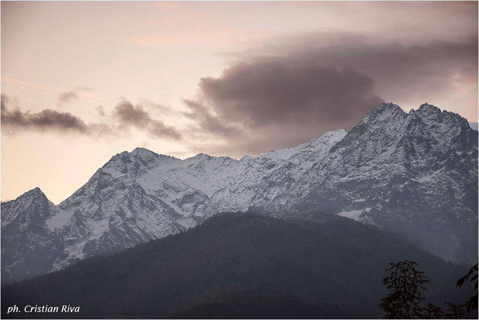 Val Grande di Vezza d'Oglio: alba capricciosa