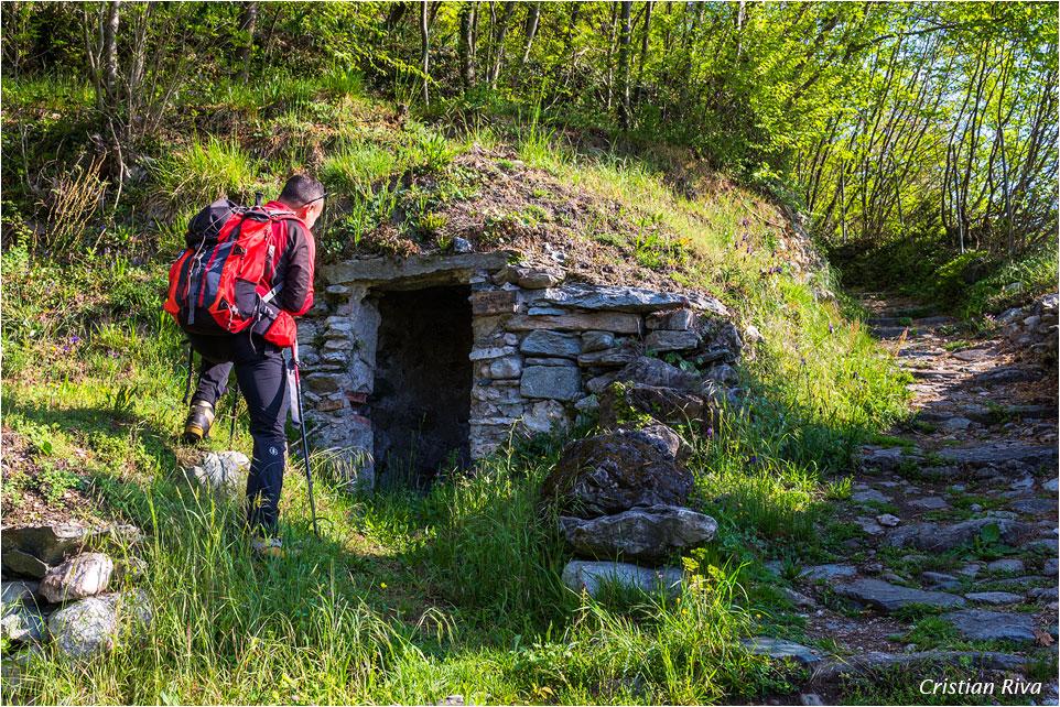 Monte Moregallo via Preguda: Casotta sul sentiero del Sasso Preguda