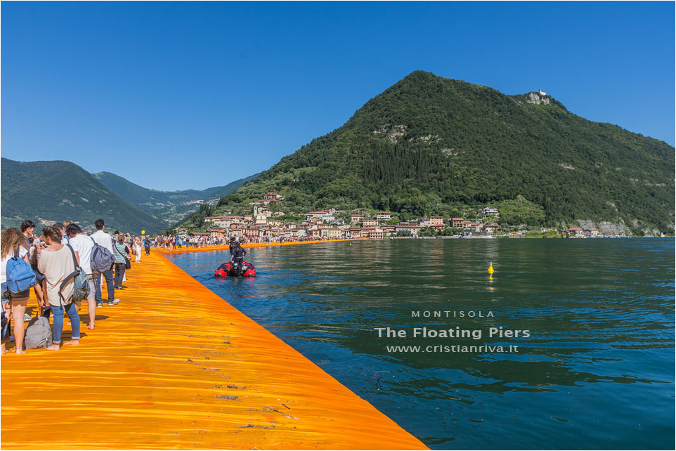 The Floating Piers: anello Montisola