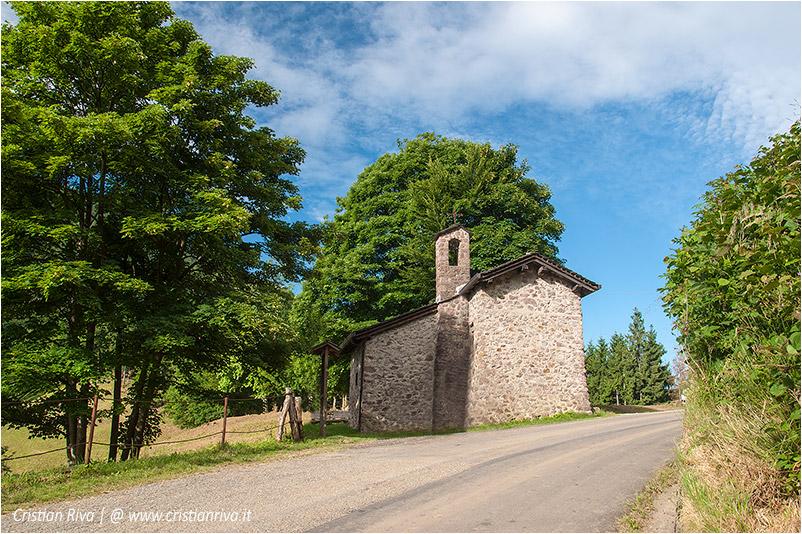 Pizzo di Cusio e Monte Disner: oratorio di Santa Maria Maddalena