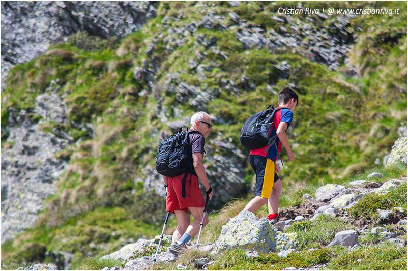 Anello rifugio Benigni: escursionisti