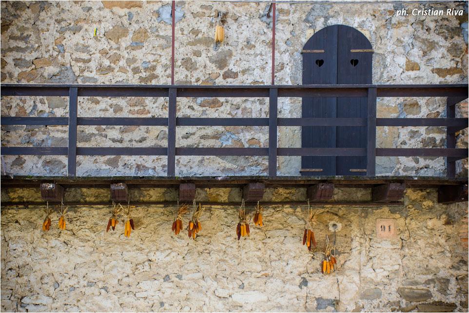 Monte Canto: particolare della casa dei custodi