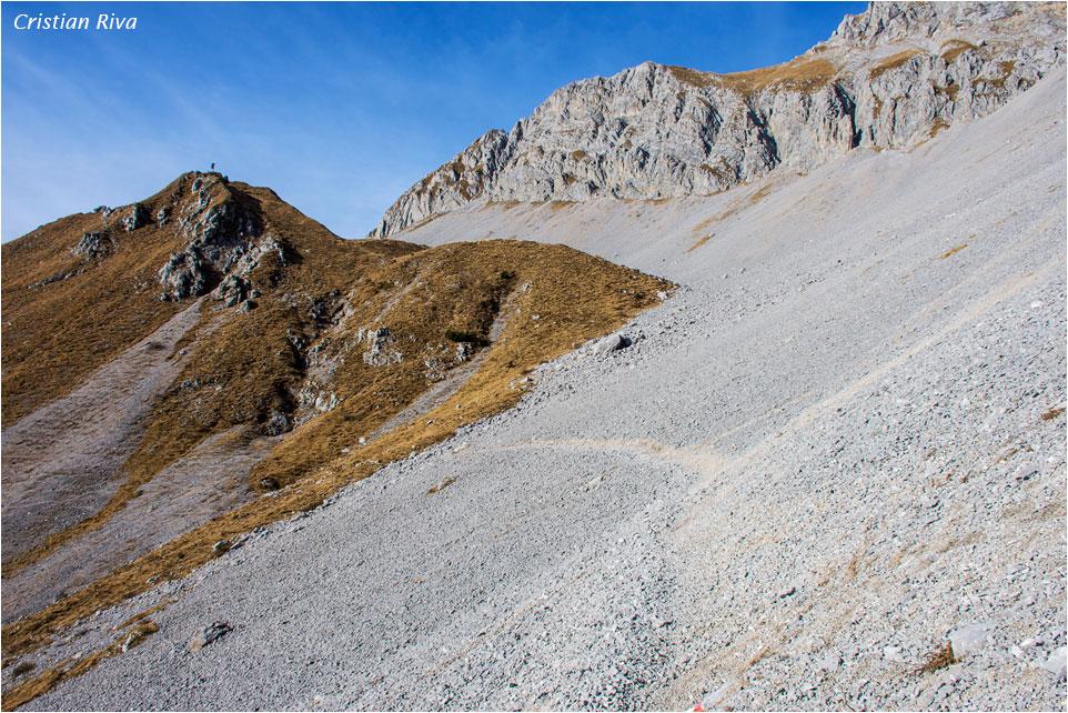 Anello degli Agnelli e Pizzo Corzene: nella valle dei ghiaioni