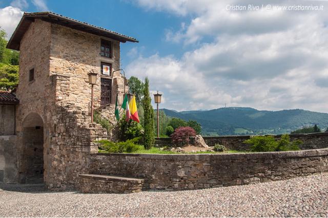 Bergamo, Valverde: Porta San Lorenzo, già Porta Garibaldi