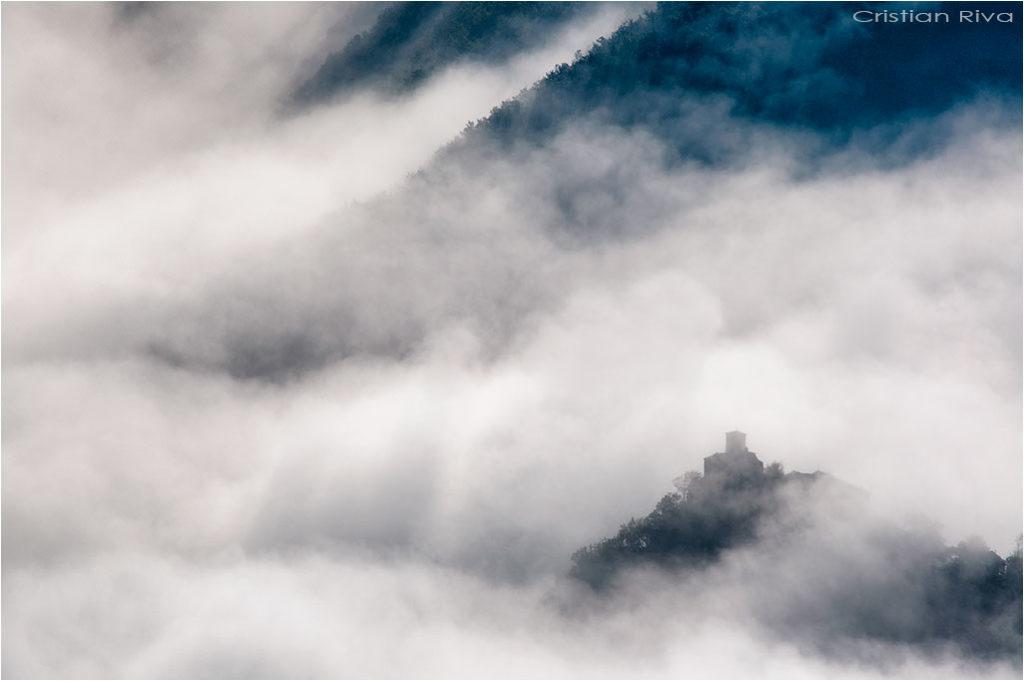 Val Trebbia - Anello del Brugnello: Brugnello tra le nebbie