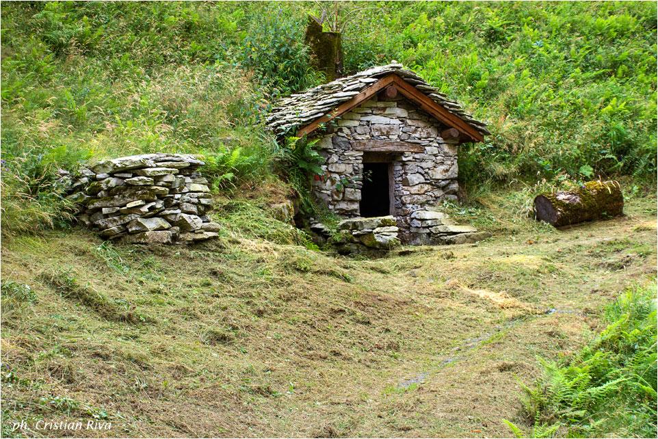 Val Codera - Anello di San Giorgio: verso il borgo di Ci