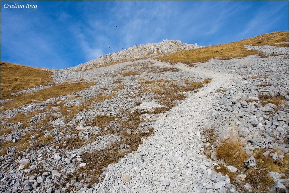 Anello degli Agnelli e Pizzo Corzene: la ripida discesa dal versante sud del Corzene