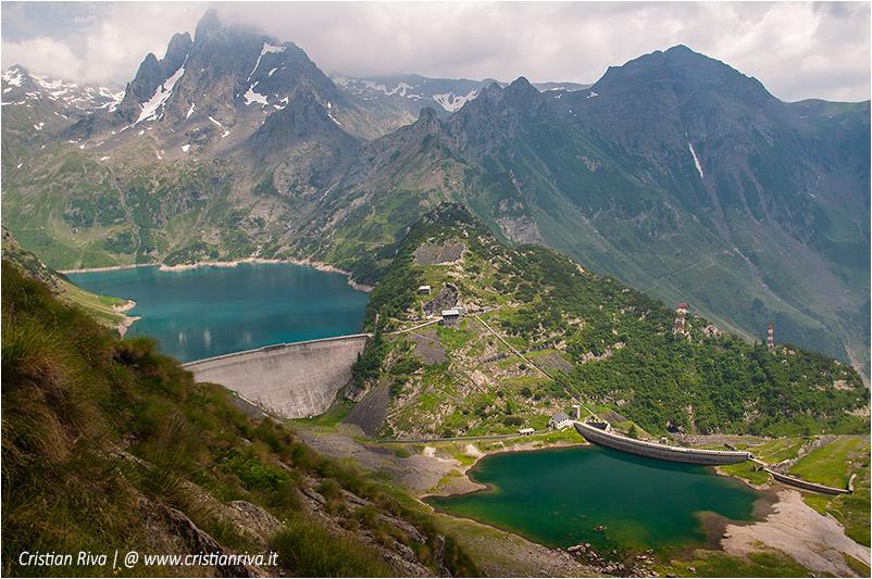 Diavolo della Malgina: il lago del Barbellino e, a destra, il Pizzo Recastello