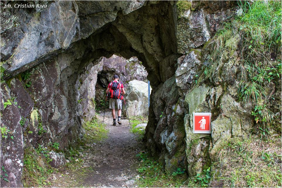 Val Codera - Anello di San Giorgio: lungo il Tracciolino