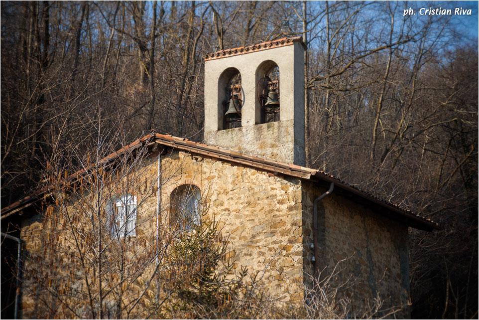 Monte Canto: la chiesetta di Caneve