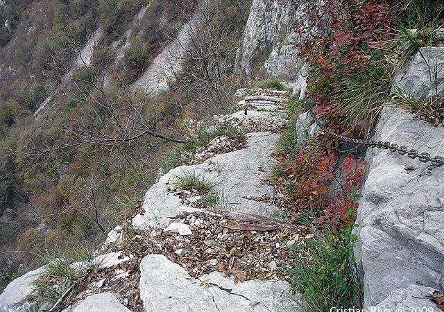 Sentiero Tecett