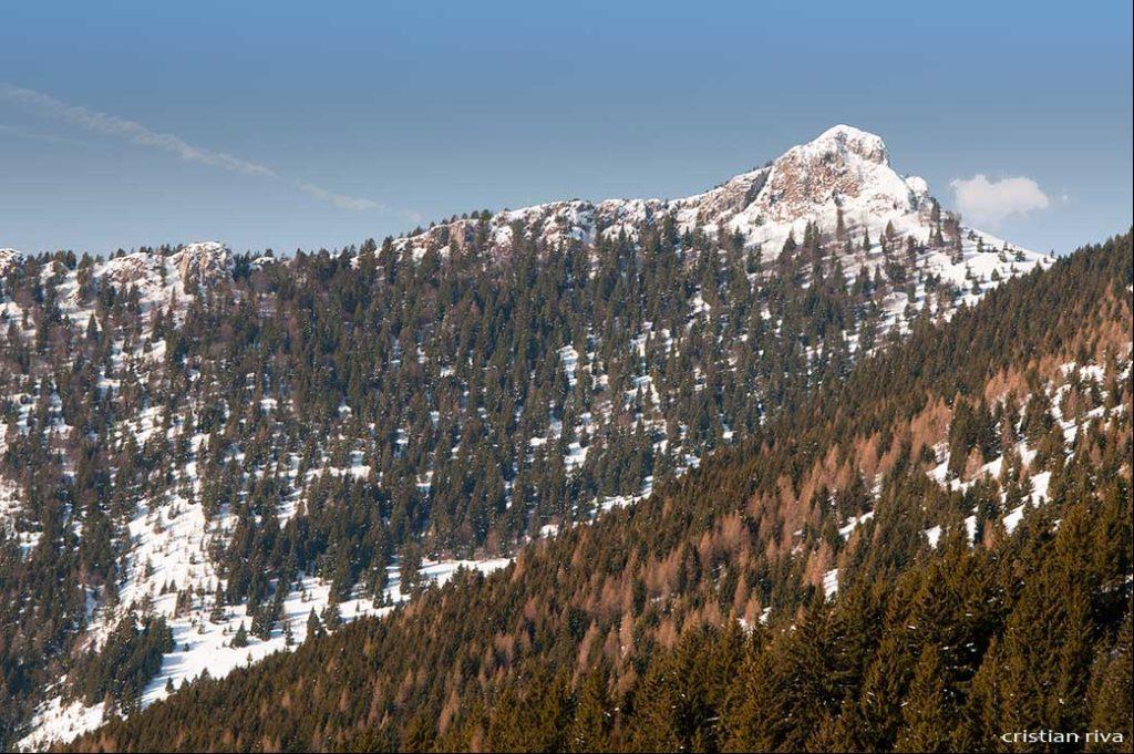 Ciaspolata alla Grotta dei Pagani: monte Cornetto