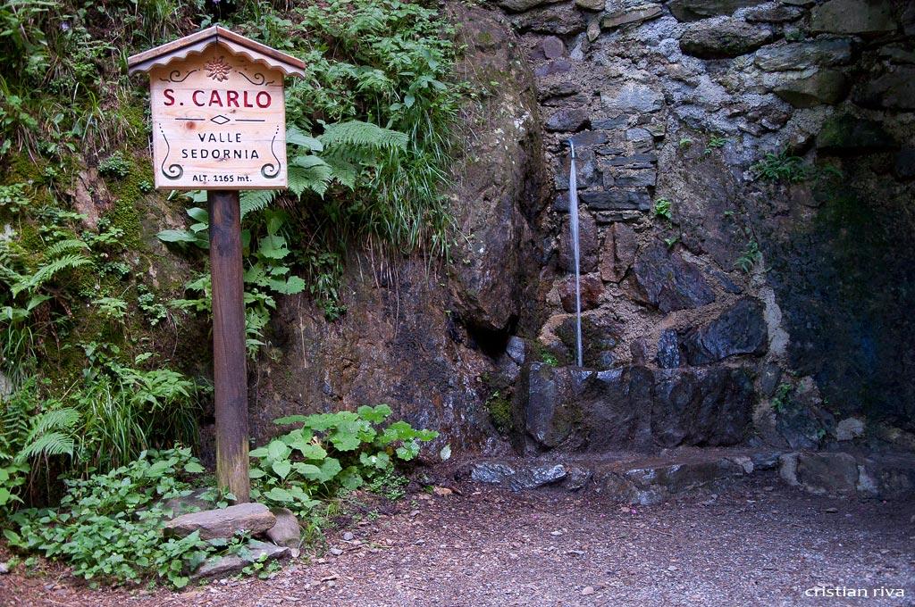 Val Sedornia: Calvera - Vigna Soliva - Pizzo Corna: fonte San Carlo