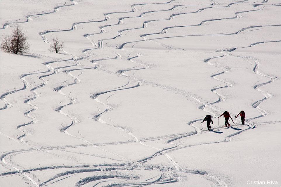 Ciaspolata sul Cimone di Margno: scialpinisti