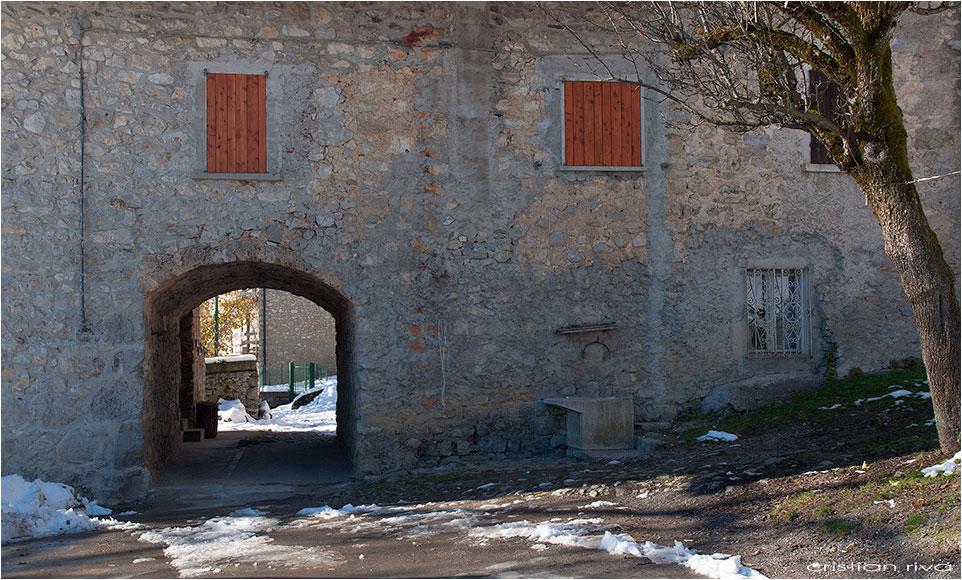 Escursione sul monte Molinasco: il borgo di Vettarola