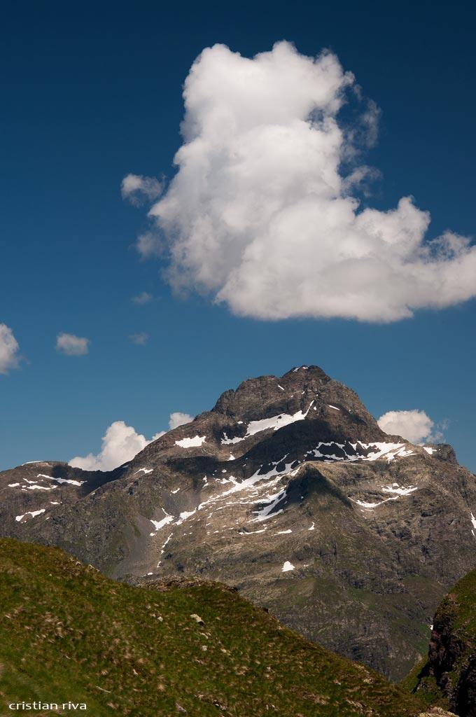Val Sedornia: Calvera - Vigna Soliva - Pizzo Corna: il pizzo Redorta
