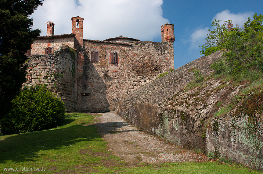 Val Tidone e la Rocca d'Olgisio: la rocca
