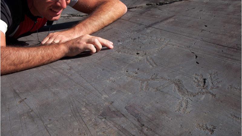 Incisioni rupestri : Le Foppe di Nadro