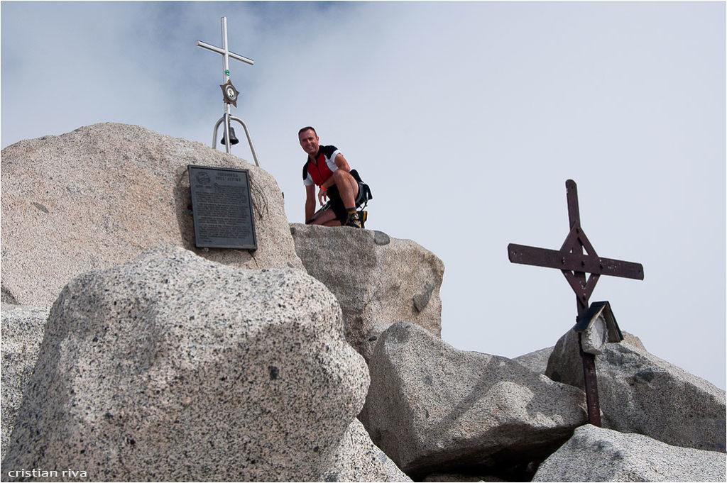 Monte Adamello via Terzulli: autoscatto sulla vetta proclamata Sacra alla Patria