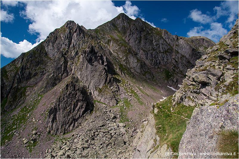 Pizzo Tre Signori: segnavia 101 CAI dal monte Giarolo