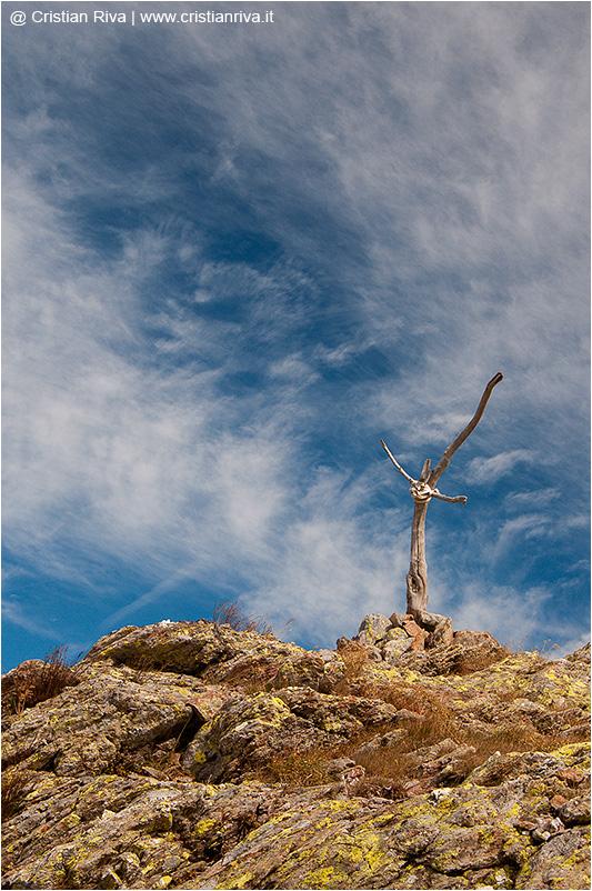 Traversata Tagliaferri: croce in legno