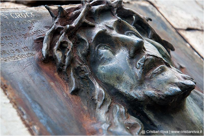 Valgandino Traversata tra i Pizzi: scultura sulla vetta del Pizzo Corno