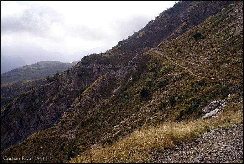 Pizzo Baciamorti e Monte Aralalta ad anello