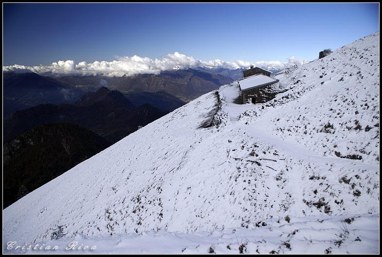 Monte Guglielmo e bosco degli gnomi di Zone